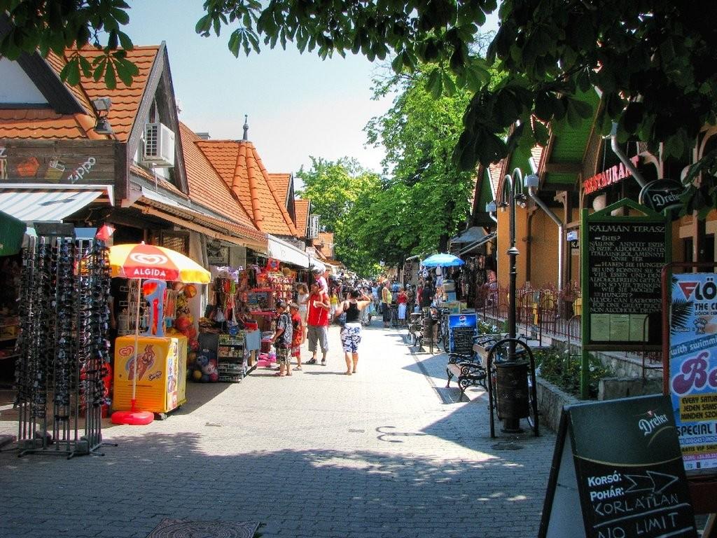 winkelstraat Siofok (steden)