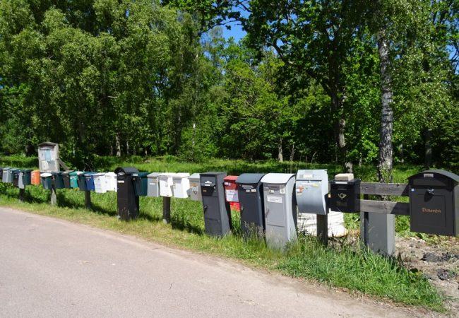Het verhaal achter de foto van de brievenbussen